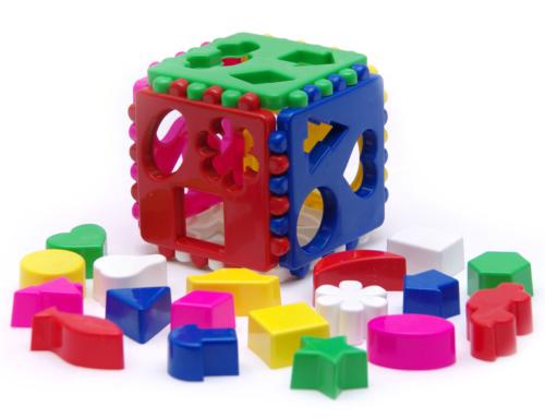 Для чего малышу логический куб?